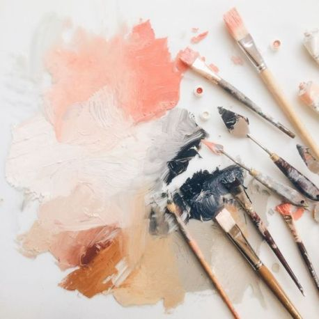 paint-color-with-brushes