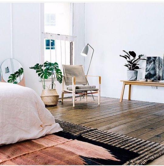 pink-and-black-rug